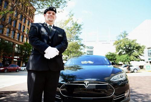 特斯拉Model S成租车业新宠 市场需求持续激增