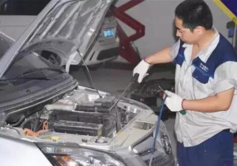 不换机油和机滤 电动汽车保养啥?