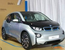 这些电动汽车电池质保你知多少?