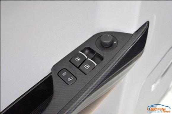 同级最强 实拍众泰E200纯电动汽车高清图片