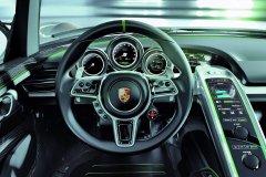 918 Spyder Hybrid中控