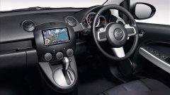 马自达Demio EV驾驶室